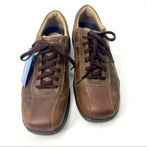 Skechers men's brown leather comfort shoes NWT!